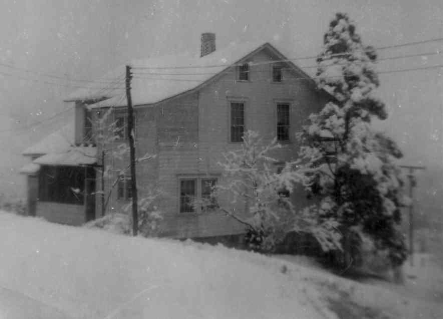 Allen Korns farmhouse, Southampton Township, Somerset County.