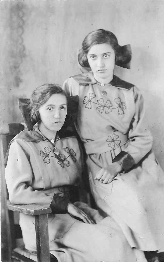 Gladys and Ina Bittner, children of Calvin Bittner.