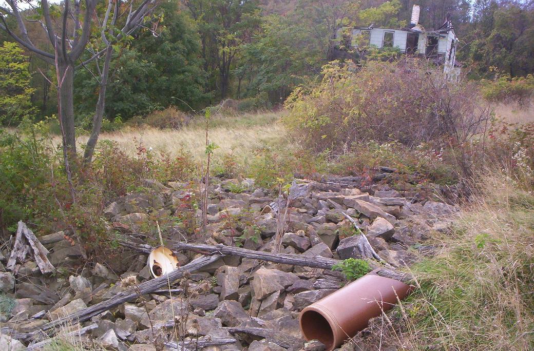 http://korns.org/misc/Detrick/farm-stone-pile.jpg